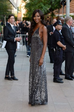 cdfa-best-dressed.sw.23.cfda-best-dressed-naomi-campbell