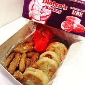 Diolyn's Bakery: Special Hopia (Ube Flavor)