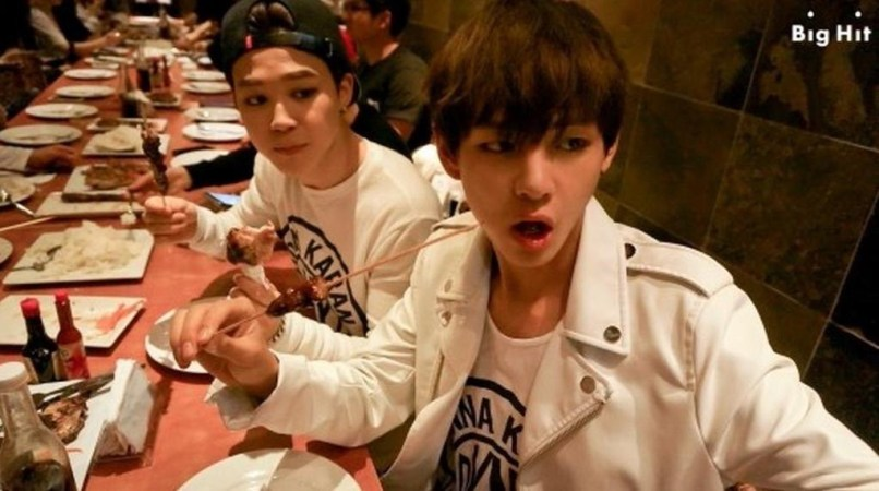 VMon (BTS) Eating Filipino BBQ