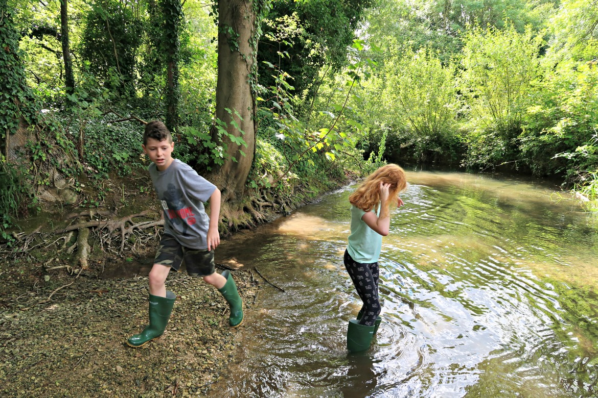 With kids getting less opportunity to spend time outdoors connecting with nature than ever before camping is a brilliant way to introduce some adventure into their lives. Here are 10 simple reasons why we think camping is awesome.