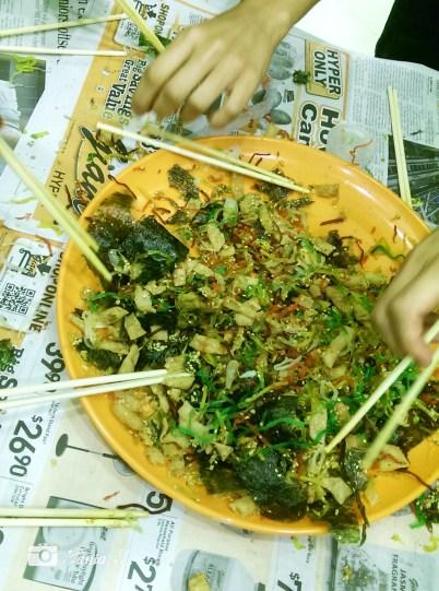 Chinese New Year tradition 'yu sheng'