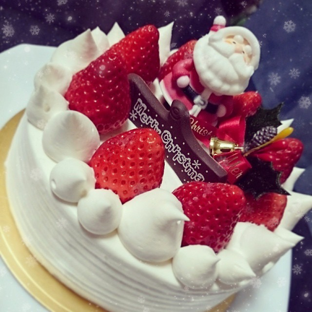 Japanese Christmas Cake wtih Santa Clause
