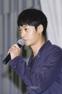 Jung Joon Young explaining about his views on sexual scandal