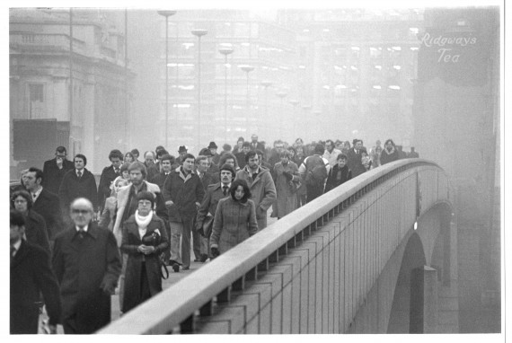 Barry Lewis London Bridge Gelatin silver print The new London Bridge, which opened in 1973, had heated pavements that prevented ice from forming during the winter. © Barry Lewis/Museum of London