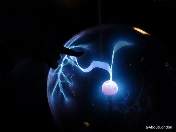 Edinburgh Camera Obscura - The Royal Mile Edinburgh