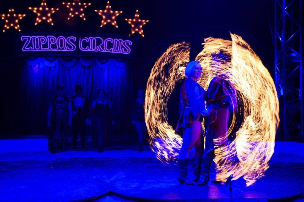 Los Carmonas del Sol - Zippos Circus