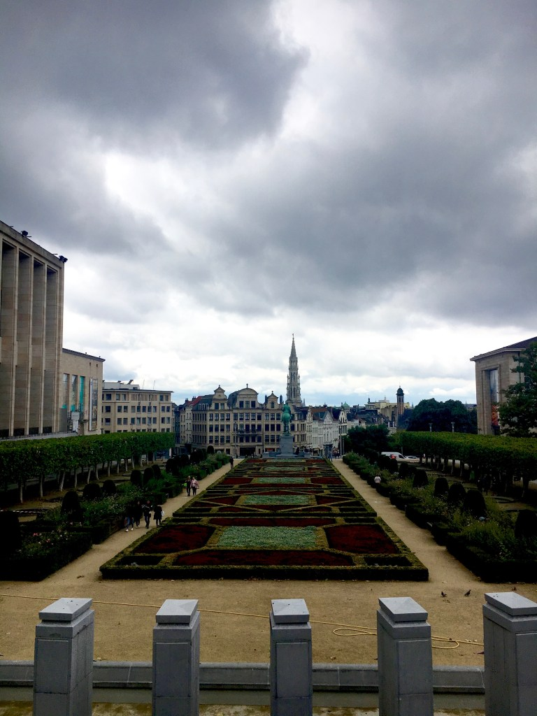 bruxellons 3 jardin mont des arts aboutnoemiel