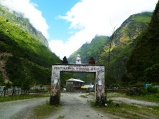 The pass to Manang