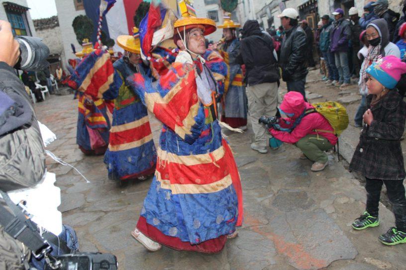 Ritual dance, Tiji festival