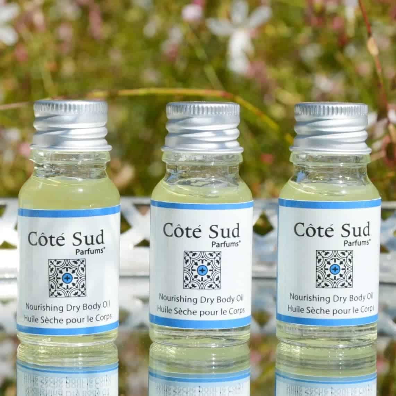Huiles sèches nourrissantes pour le corps composées de 98% d'ingrédients d'origine naturelle Côté Sud Parfums