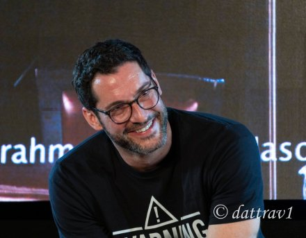 dattrav1 Tom Ellis JIBland4 (1)
