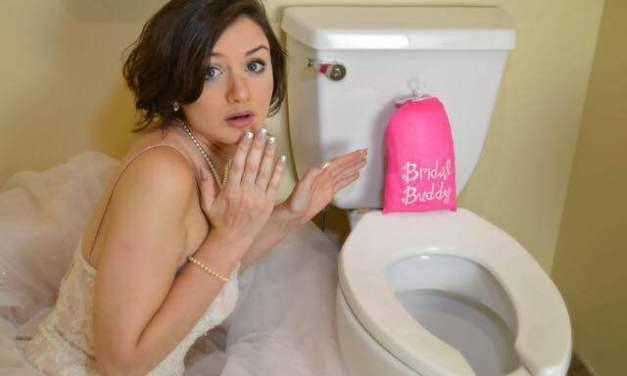 BridalBuddy – Το αξεσουάρ που βοηθάει τις νύφες να πάνε μόνες τους στην τουαλέτα!