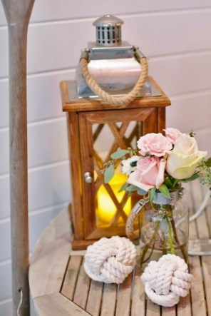 lantern-wedding-centerpiece-love-and-light-photographs-334x500