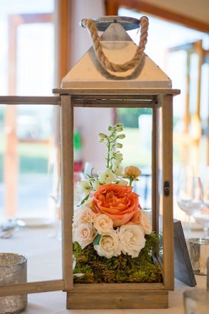 lantern-wedding-centerpiece-snap-photography-334x500