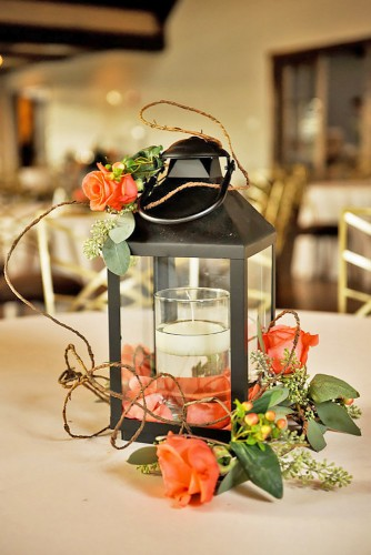 lantern-wedding-centerpiece-viktoriya-evich-krudu-photography-334x500