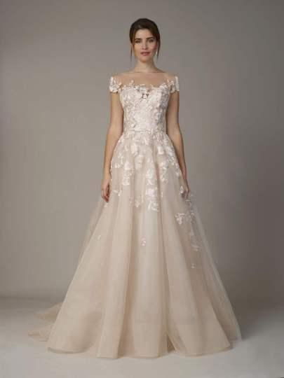 Courtesy of Liancarlo Wedding dress by Liancarlo