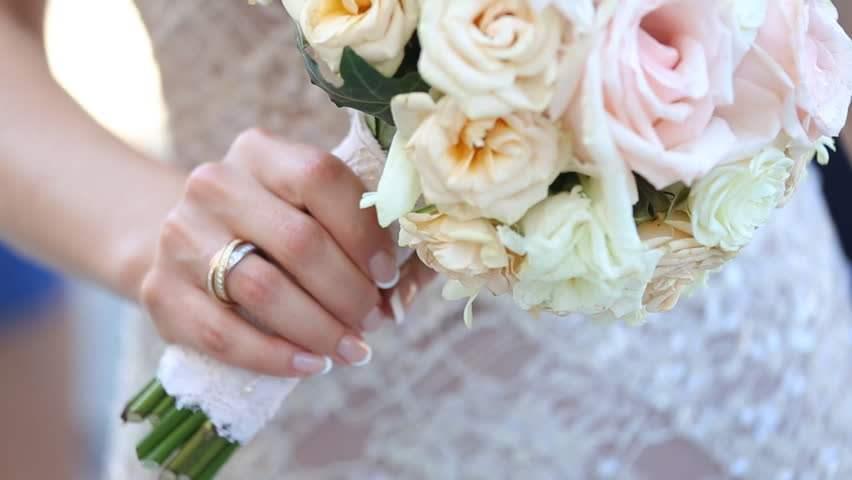 Was Symbolisiert Die Farbe Die Sie Fur Ihren Brautstrauss Wahlen