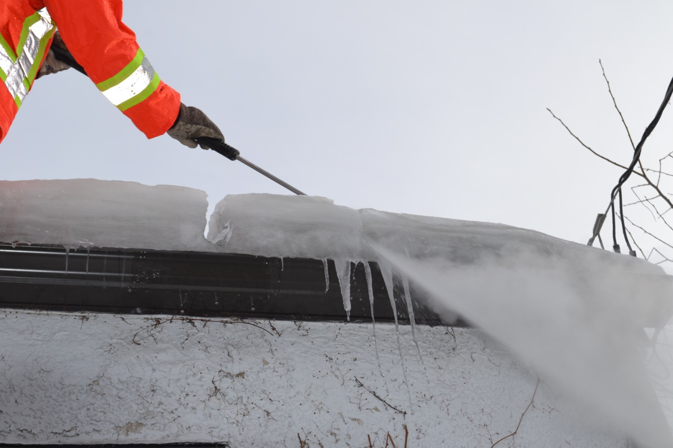 Everything You Need To Know Steam Ice Dam Removal Above