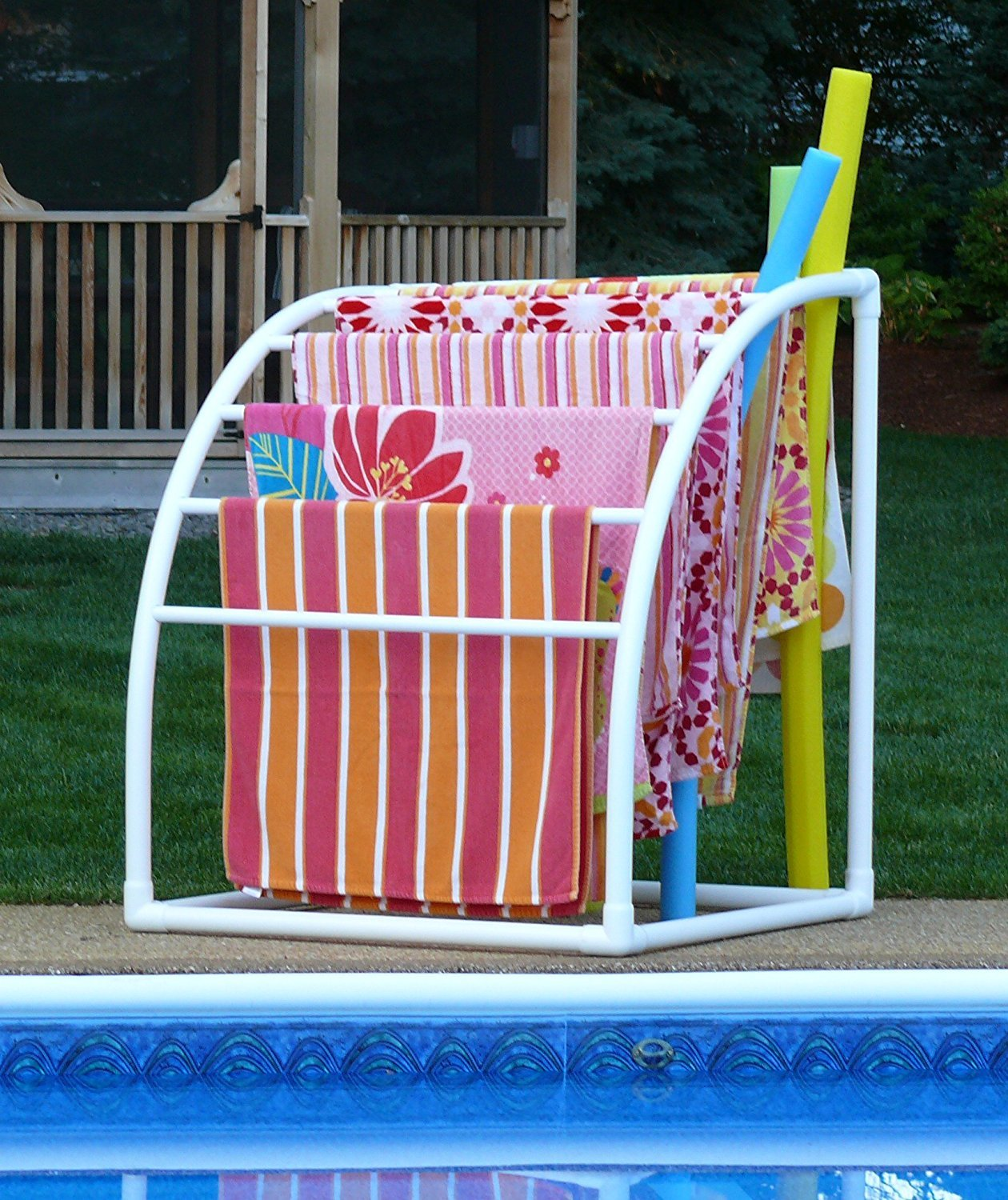 top 5 poolside towel racks for your