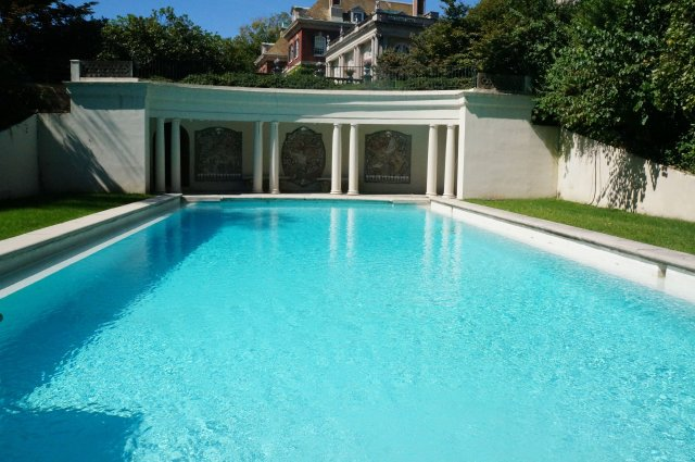 pool-and-house