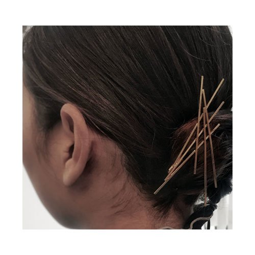 Criss-Cross-bobbi-pins