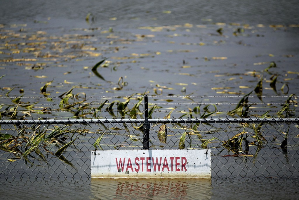 22 May, 2011: A wastewater treatment plant is submerged by the Yazoo River floodwaters near Yazoo City, Yazoo County, MississippiMario Tama/ Getty Images