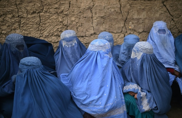 Women are regularly being sexually abused under the pretence of 'virginity tests' carried out on girls accused of pre-marital sex in Afghanistan, Human Rights Watch has claimed (file picture) Read more: http://www.dailymail.co.uk/news/article-3470808/HRW-slams-Afghan-virginity-tests-sexual-abuse.html#ixzz41gP7gnNr Follow us: @MailOnline on Twitter | DailyMail on Facebook