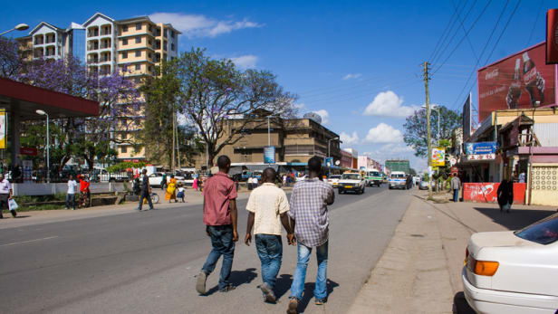 A street in Arusha, the third largest city in Tanzania by population with some 400,000 inhabitants. Photo by: Justin Raycraft / CC BY