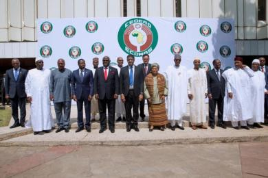 Ecowas head of goverments pose for a group photograph after attending the Ordinary Session of the Ecowas Heads of State and Government in Abuja, Nigeria December 17, 2016. REUTERS/Stringer