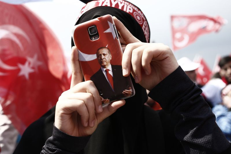 A supporter during a 'Yes' referendum campaign rally in Istanbul. Photographer: Kostas Tsironis/Bloomberg