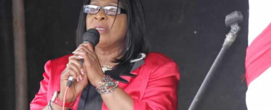 Zimbabwe Sets Up Women's Bank In September