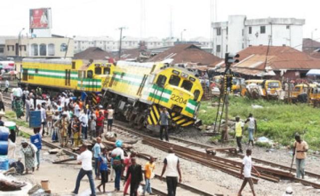 The-derailed-train-360x221