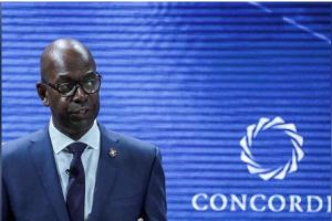 Bob Collymore, CEO of Safaricom, delivers a speech during the Concordia Summit in Manhattan, New York, U.S., September 19, 2017. REUTERS/Jeenah Moon