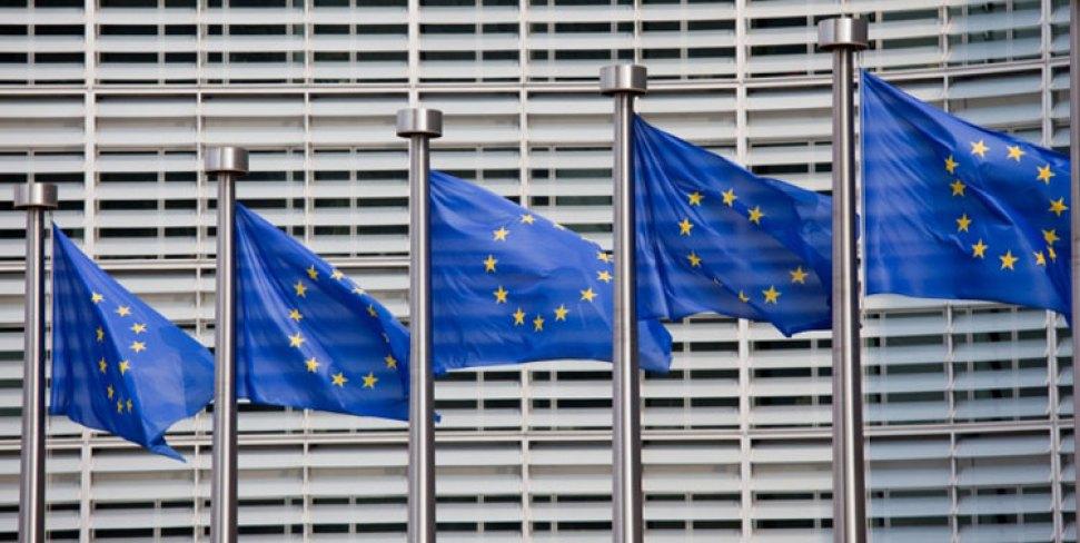EU-Flags-1529312497