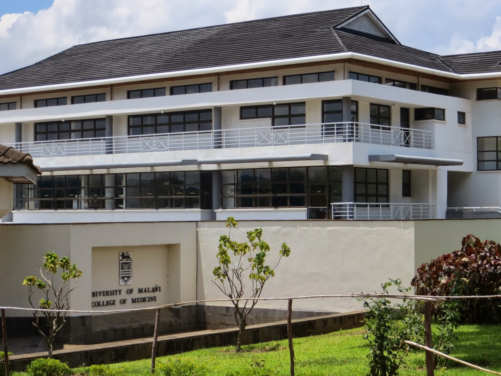 college of medicine malawi