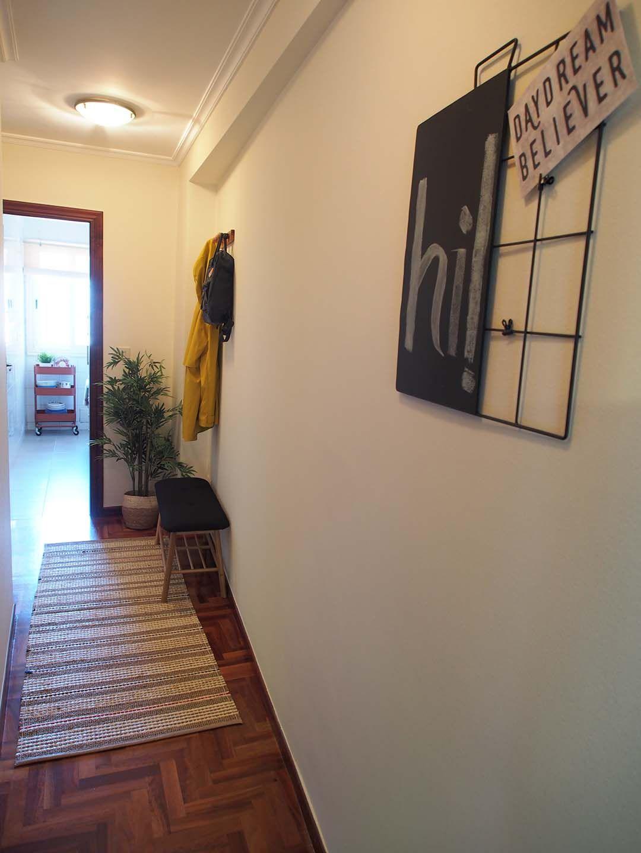 Abracadabra Decor Vigo Home Staging decora para vender o alquilar apartamento Placer - pasillo