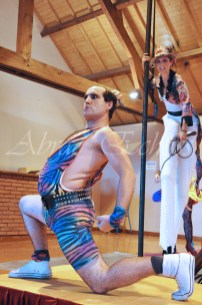 boite à merveilles spectacle rue cirque festival mat chinois fil de fer clowns jongleurs aerien girly kawai(44)