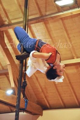 boite à merveilles spectacle rue cirque festival mat chinois fil de fer clowns jongleurs aerien girly kawai(69)