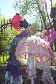 bulles de bonheur echassier parade colores festifs carnaval grandiose crinolines bulles de savon rose girly kawai (2)