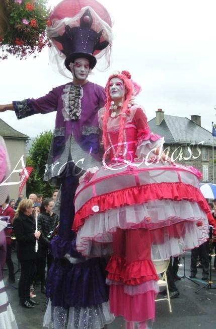 bulles de bonheur echassier parade colores festifs carnaval grandiose crinolines bulles de savon rose girly kawai (70)