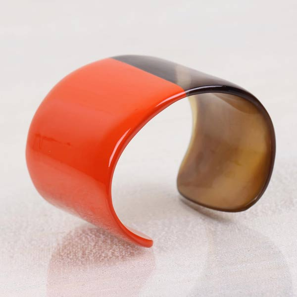 Lindochineur Horn bangle