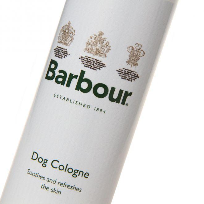 Barbour dog colgne close up