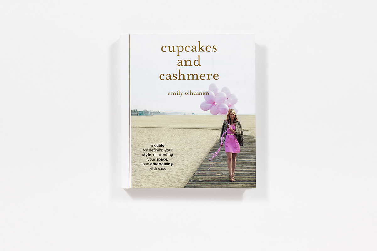 Cupcakes And Cashmere (Hardcover)