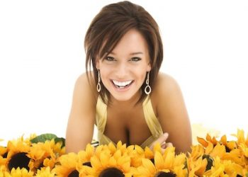 woman-and-sunflowers11