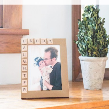 10-Minute-Fathers-Day-Picture-Frame-11