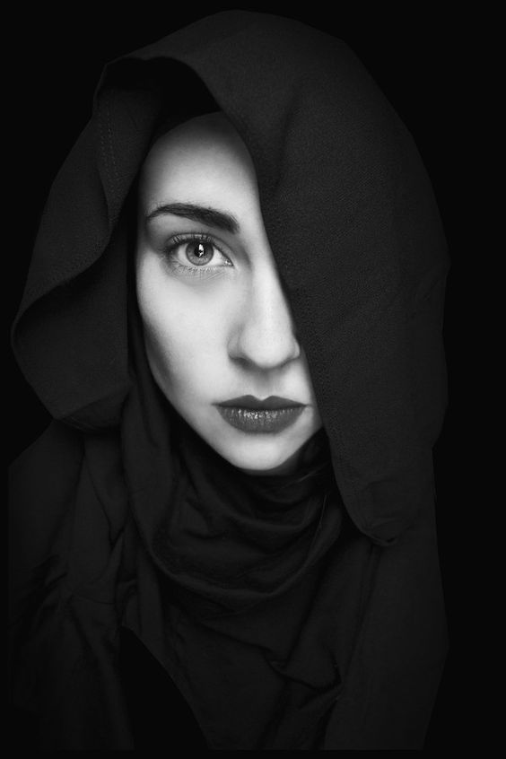 Famous Black and White Portrait Photographers women