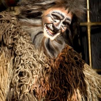 Saulo Vasconcelos como Old Deuteronomy na montagem brasileira do musical | Foto: Dede Fedrizzi