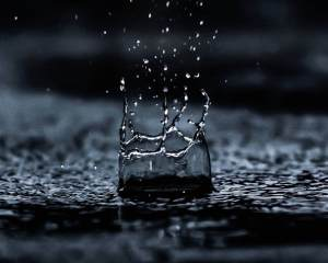 water droplet digital wallpaper