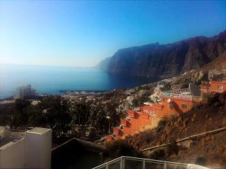 The viewpoint overlooking Los Gigantes