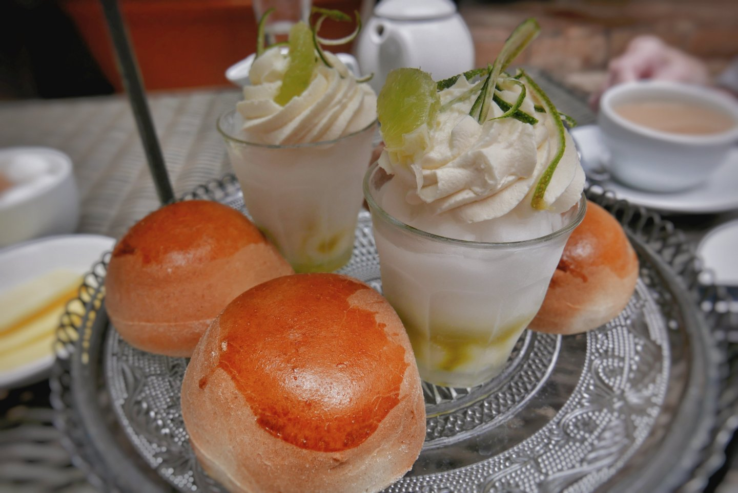 Hotel Du Vin Afternoon Tea: Scones and gin & tonic sundae